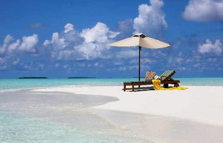 The Residence Maldives at Falhumaafushi - Beach - 13