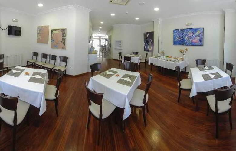 Vigo Plaza - Restaurant - 14