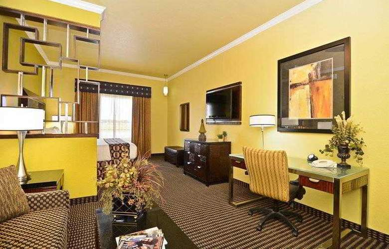 Best Western Plus Christopher Inn & Suites - Hotel - 62