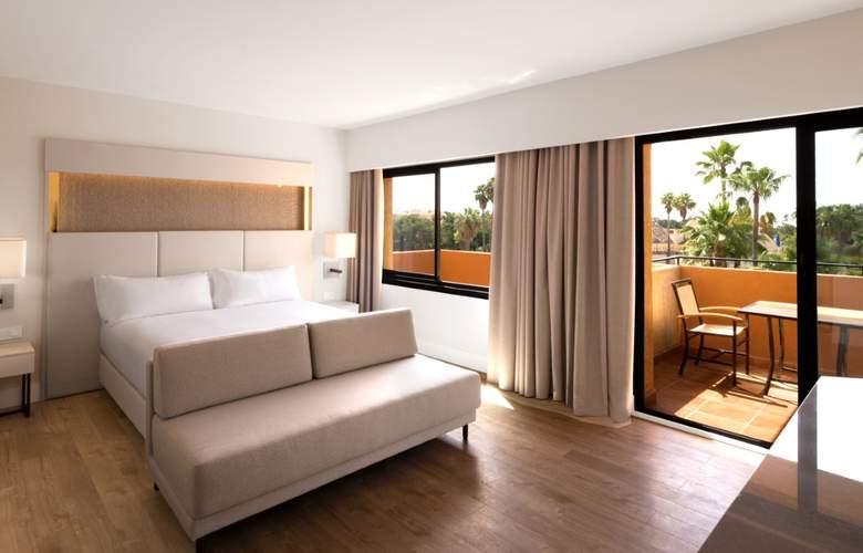 DoubleTree by Hilton Islantilla Beach Golf Resort - Room - 11