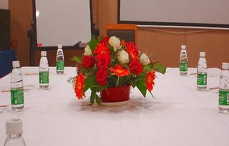 Elan - Conference - 3