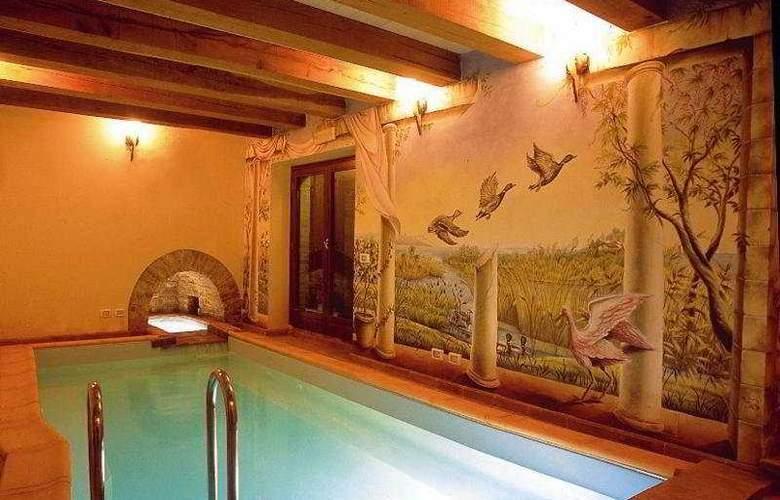 2 Campanili Relais - Pool - 8