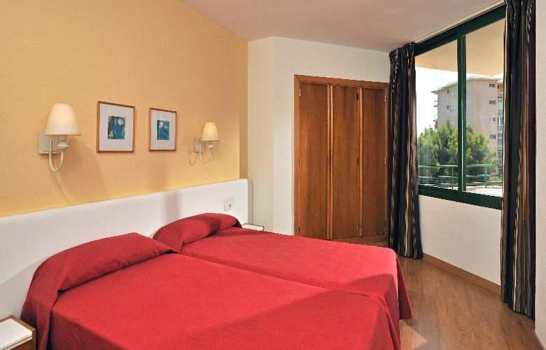 Apartamentos Globales Nova - Room - 18