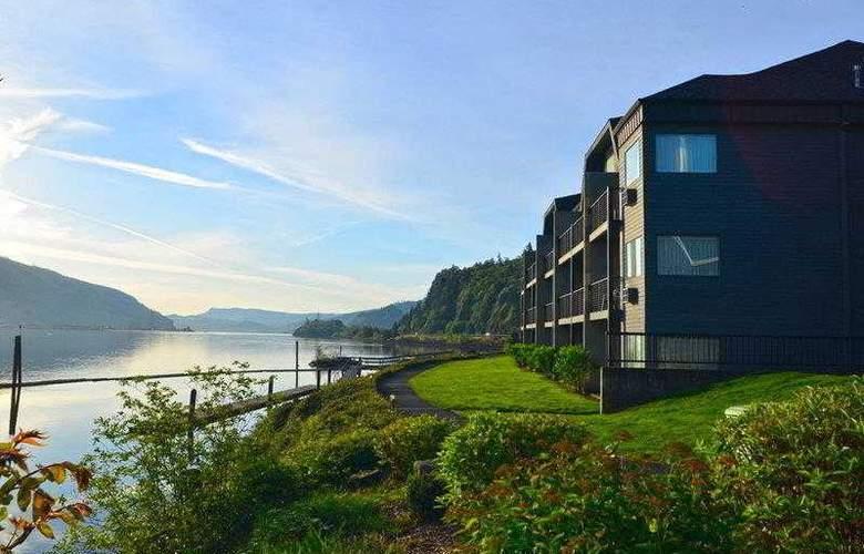 Best Western Plus Hood River Inn - Hotel - 29