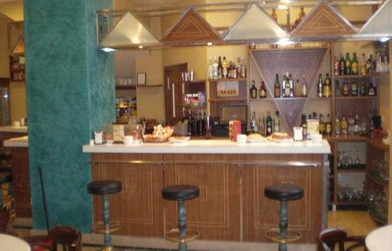 Los Braseros - Bar - 5