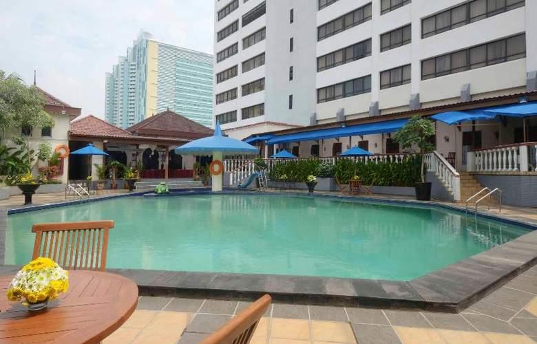 Jayakarta Tower - Pool - 7