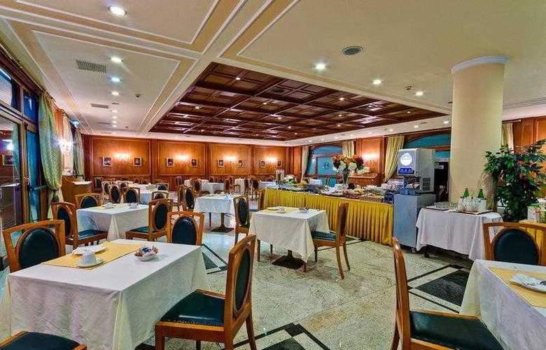 BEST WESTERN Hotel Ferrari - Hotel - 13