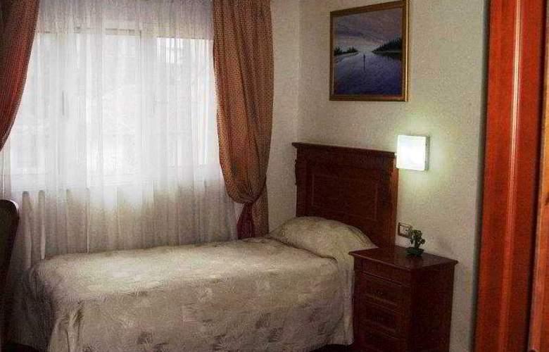 Millennium - Room - 2
