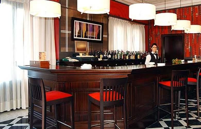 Soho Boutique Jerez & Spa - Bar - 8