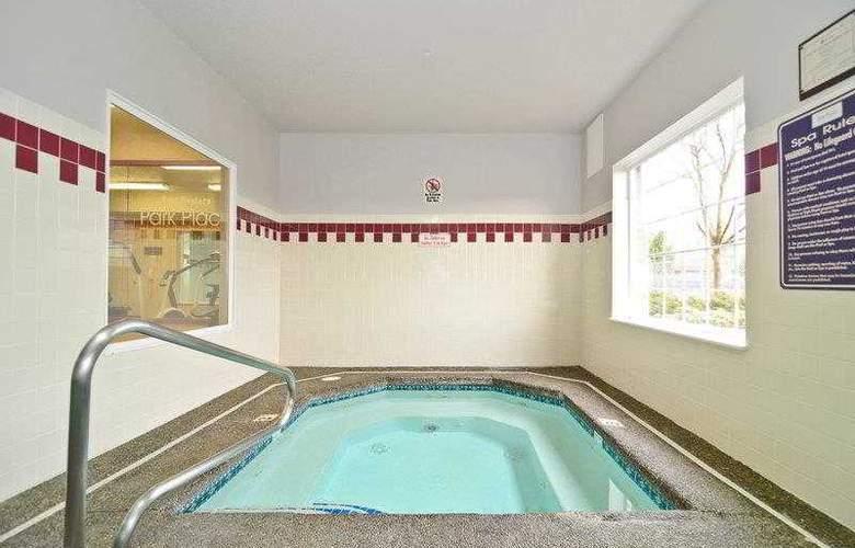 Best Western Plus Park Place Inn - Hotel - 29