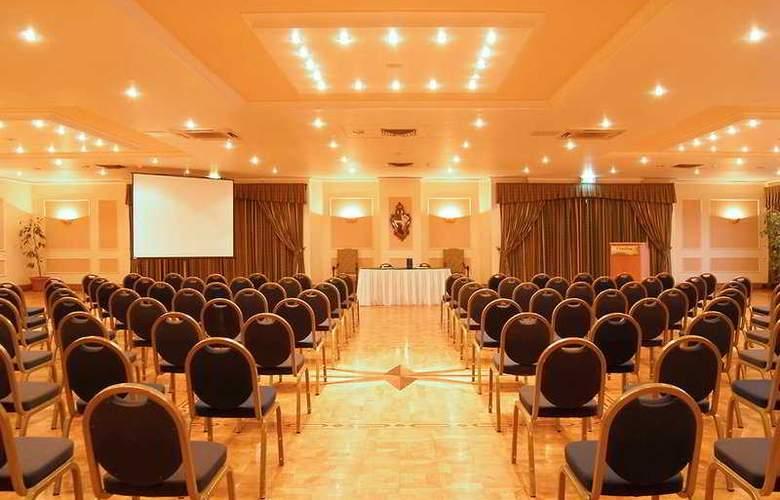 Salini Resort - Conference - 3