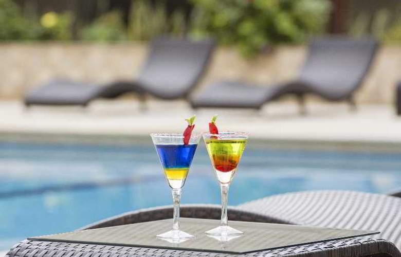 Hotel Casino Internacional - Pool - 14