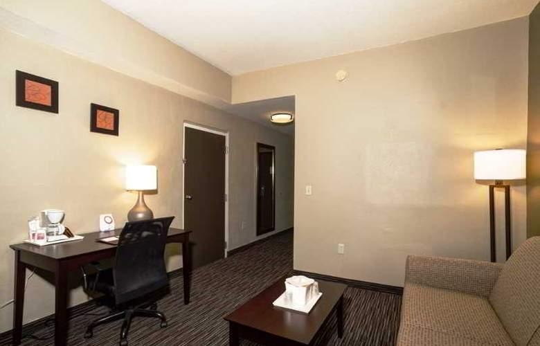 Comfort Suites - Room - 7