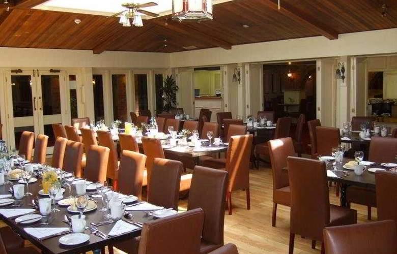 Copthorne London Gatwick - Restaurant - 6