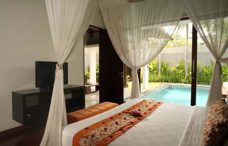 Villa Jerami - Room - 11