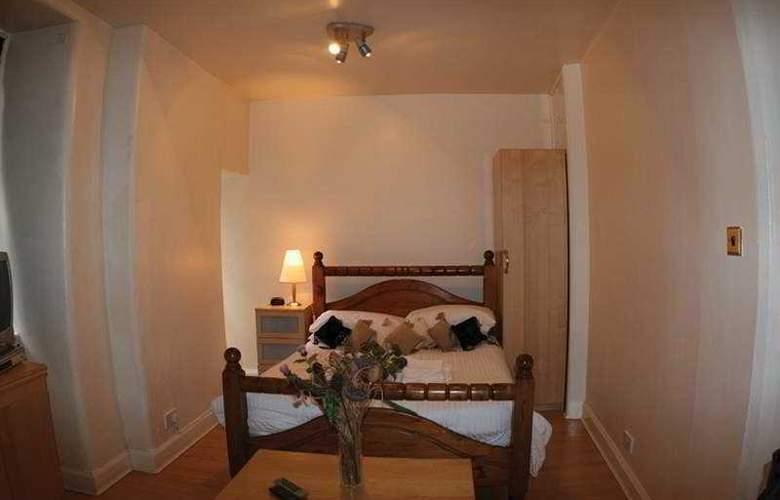 James Court Apartments - Room - 4