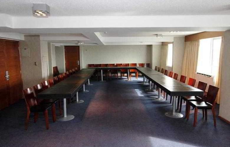 RQ Santiago Suites - Conference - 9