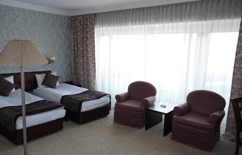 Premier Alatau - Room - 18