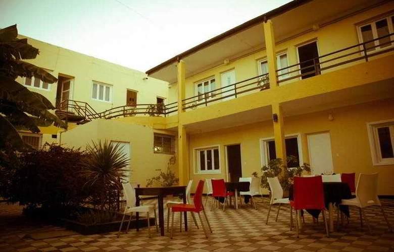 You San Rafael - Hotel - 9