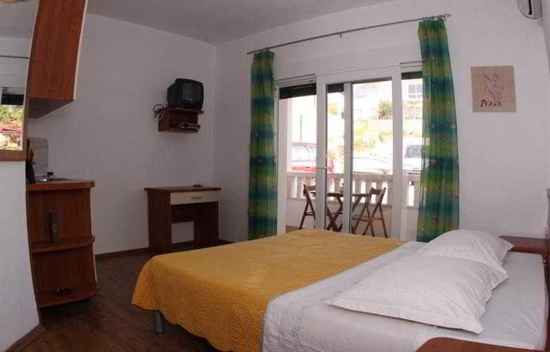 Bubalo Apartmani - Room - 4