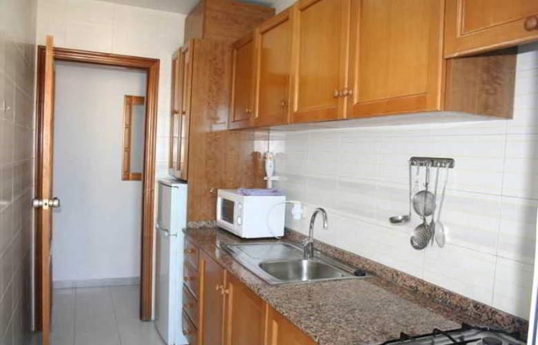 Esmeralda Apartamentos - Room - 8