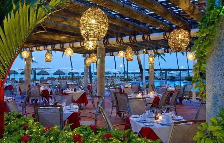 Sheraton Buganvilias Resort & Convention Center - Restaurant - 31