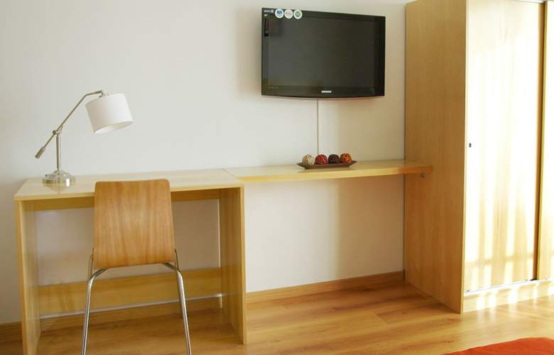 Apartamentos Coinca - Room - 4