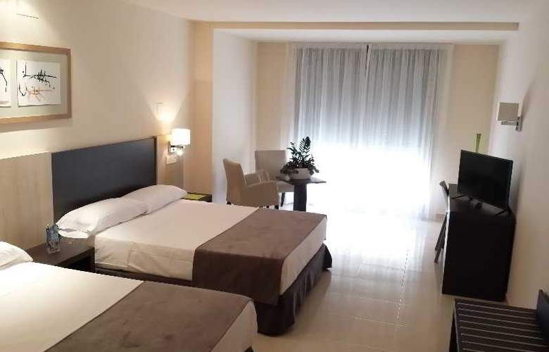 Adaria Vera - Room - 7