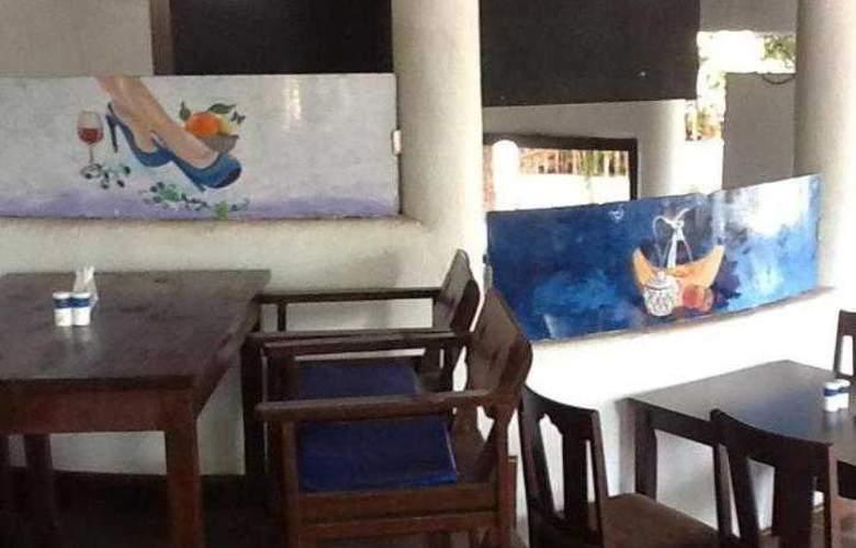 Mykonos Blu - Restaurant - 8