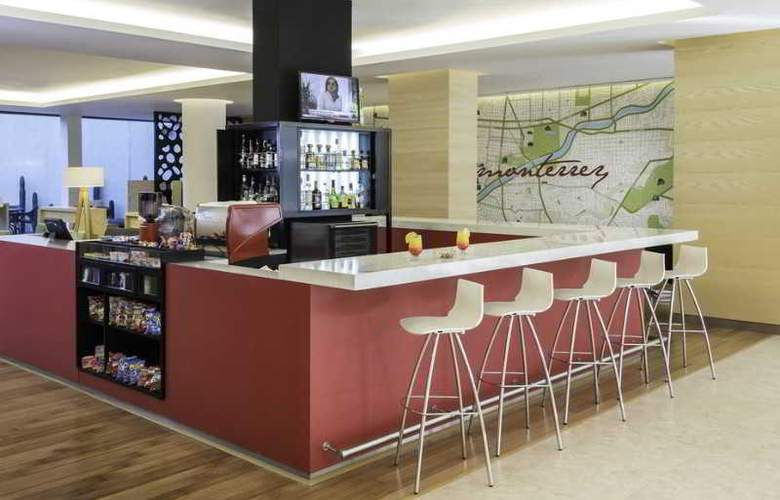 Fiesta Inn Monterrey Valle - Restaurant - 4