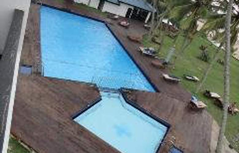 The Surf - Pool - 4