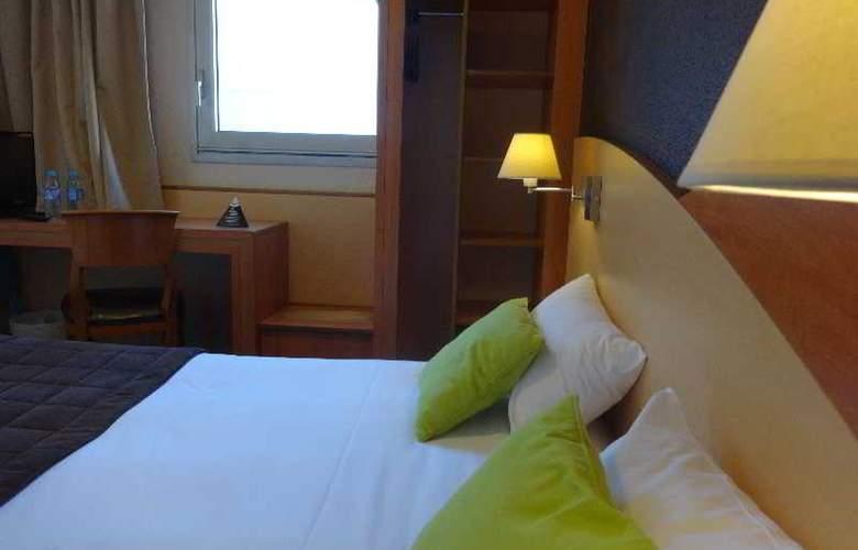 Brit Hotel Le Korali - Room - 9