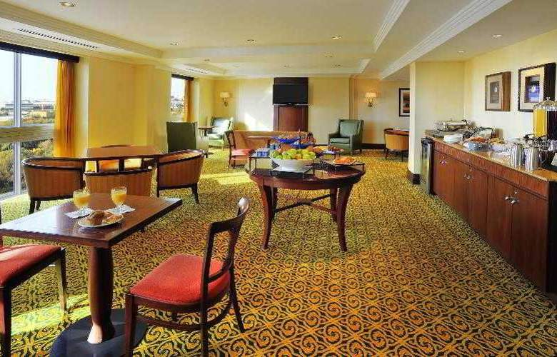 Sheraton Toronto Airport Hotel & Conference Center - Hotel - 12