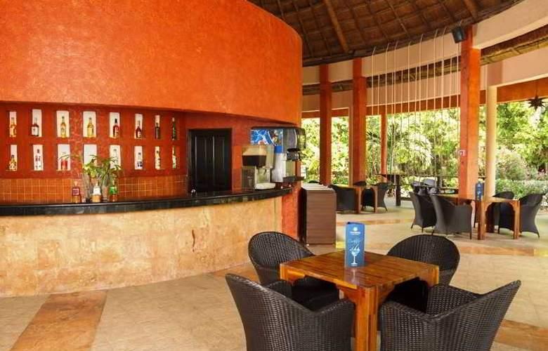 Sandos Caracol Eco Resort & Spa - Bar - 27