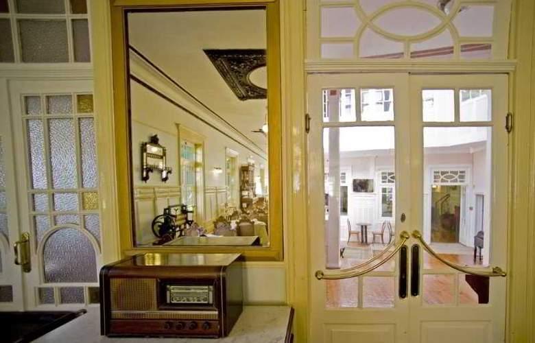 Grande Hotel de Paris - General - 2