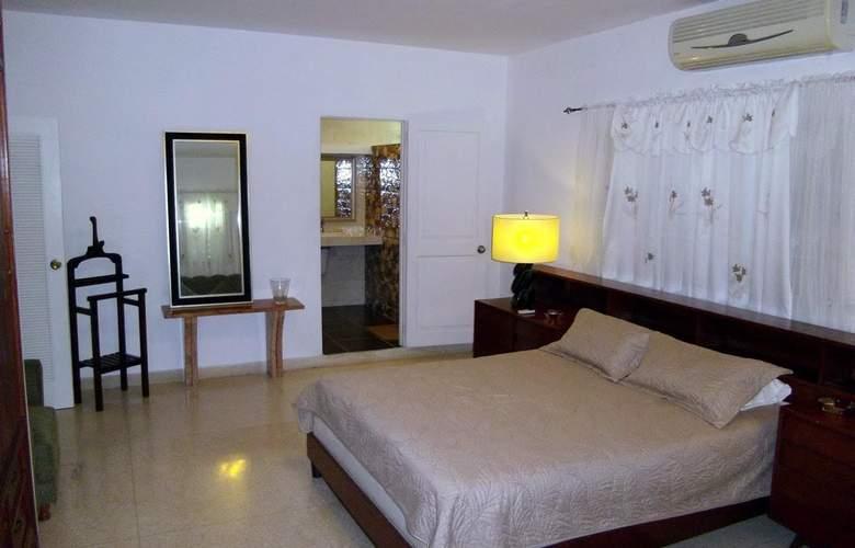 Casa Isabel Miramar - Room - 7