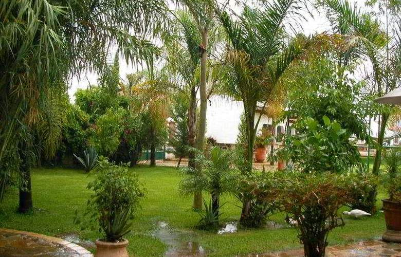 Hacienda la Puerta de Enmedio - Hotel - 5