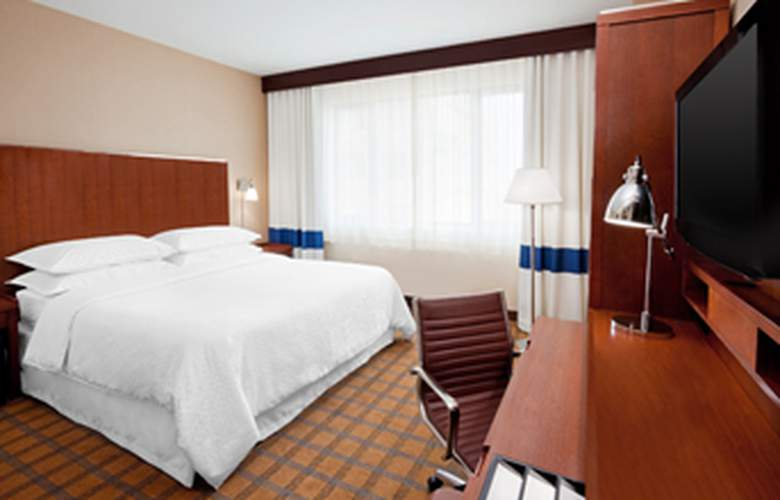 Four Points by Sheraton Long Island City/Queensboro Bridge - Room - 6
