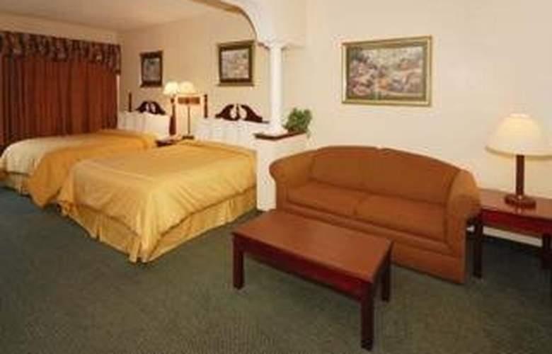 Comfort Suites (Woodstock) - Room - 3