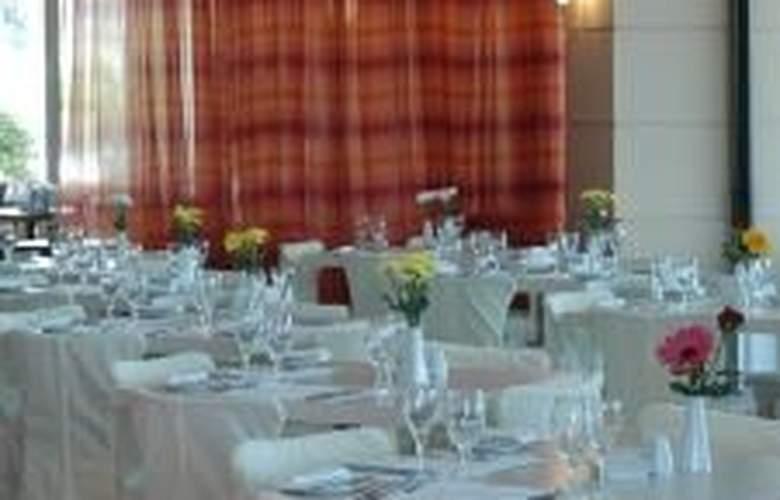 Avra - Restaurant - 5