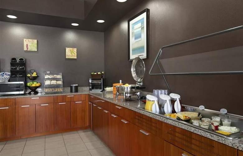 Best Western Peppertree Inn At Omak - Restaurant - 43