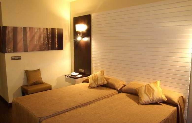Malaga Nostrum - Hotel - 8