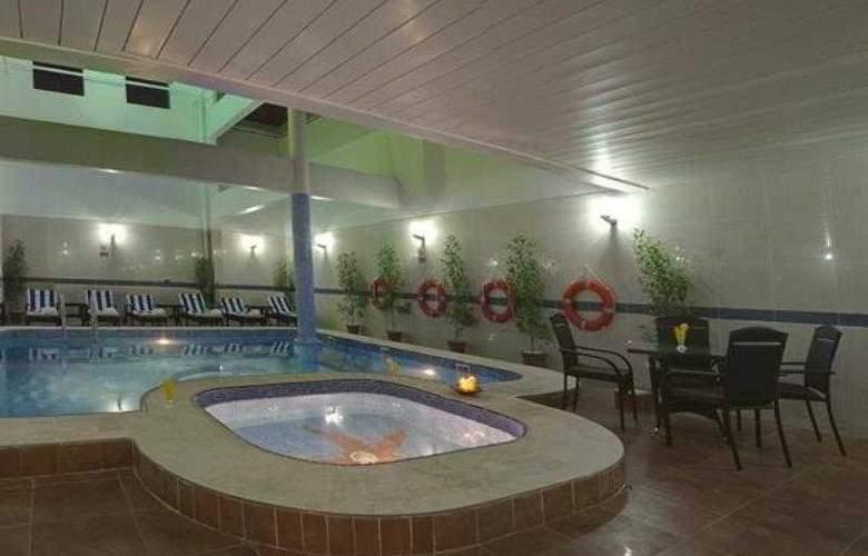 City Tower Fujairah - Pool - 9