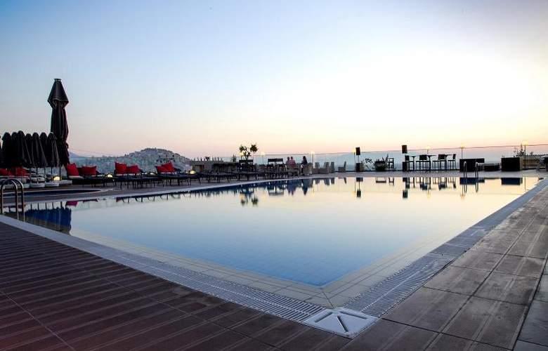 Marina Hotel - Pool - 29