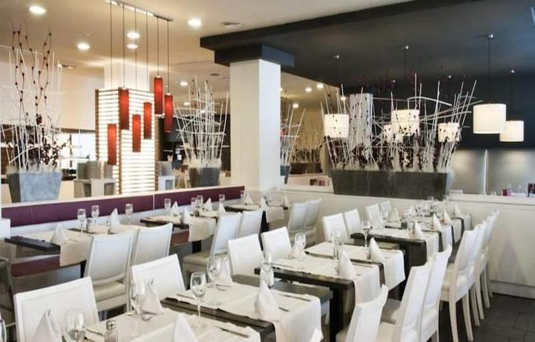 Viviendas Turísticas Vacacionales Augustus - Restaurant - 15