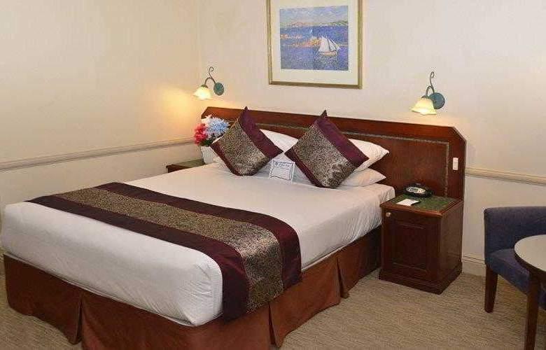 Best Western Twin Towers Inn - Hotel - 9