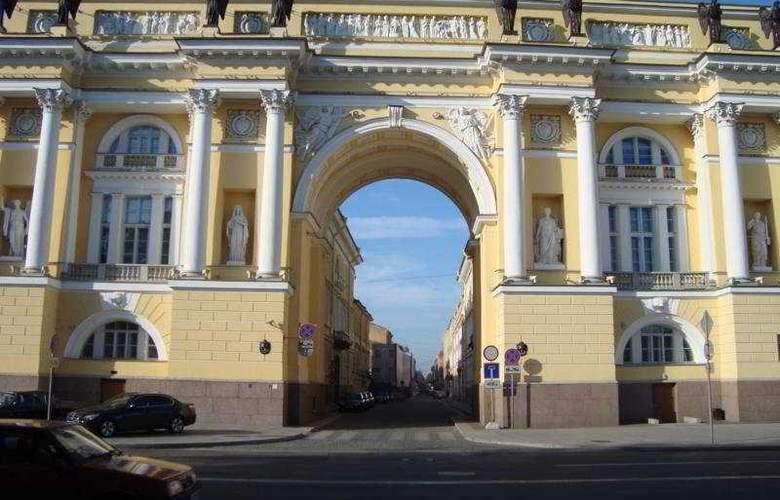 Nevsky Breeze Hotel - Hotel - 0