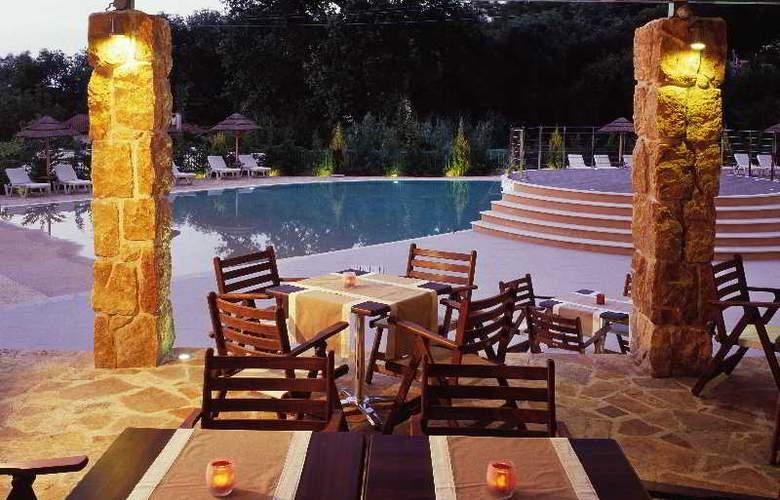 Ariti Grand Hotel - Bar - 17