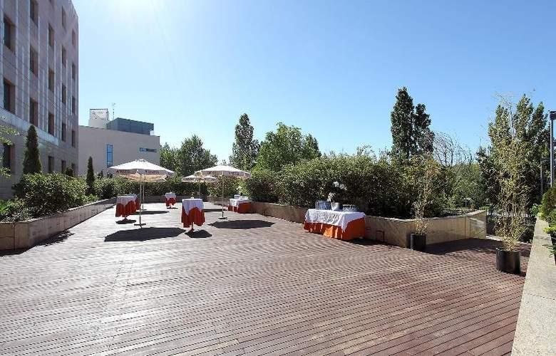 Eurostars Gran Madrid - Terrace - 36