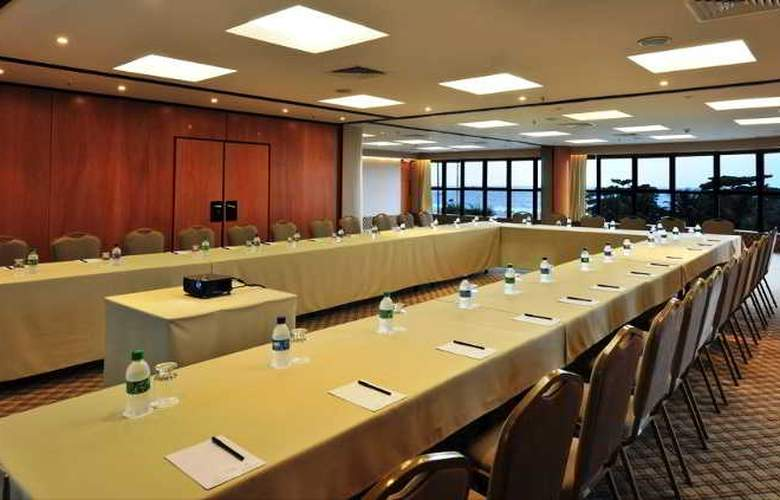 Porto Bay Rio Internacional - Conference - 13